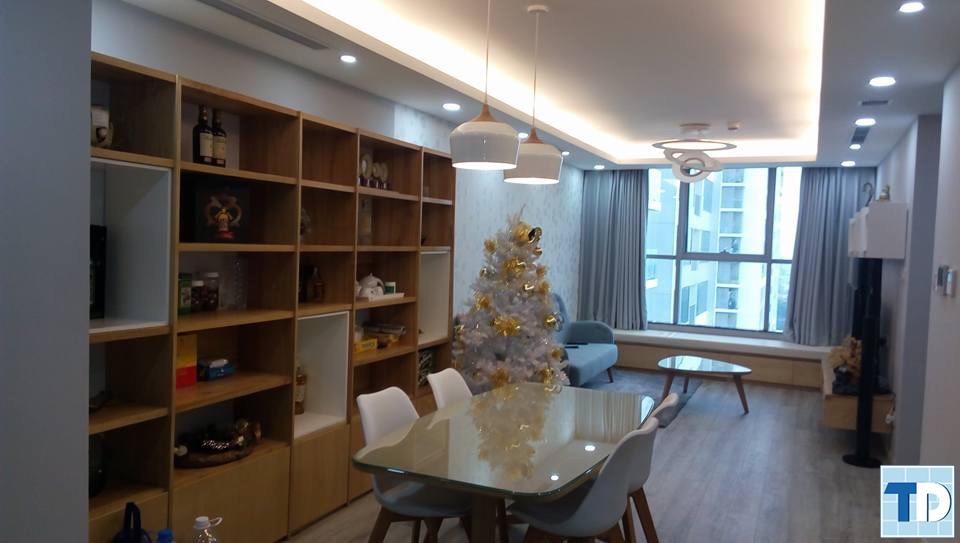 Phòng khách và phòng ăn thiết kế tối giản