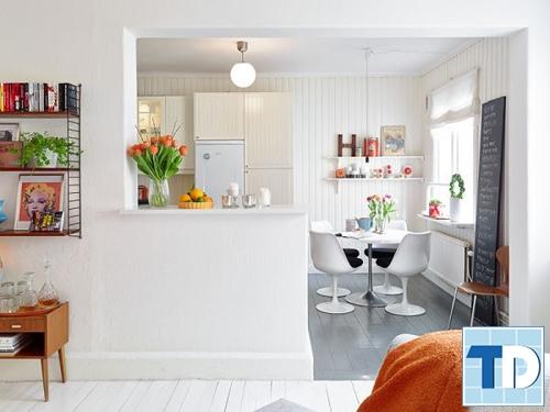 Không gian bếp và bàn ăn