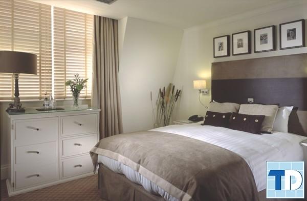 Tủ kệ, giường sử dụng chất liệu gỗ