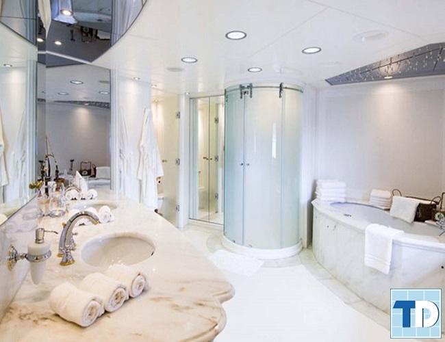 Phòng tắm sang trọng tiện nghi