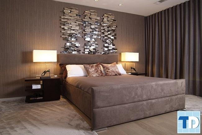 Phòng ngủ masterbố mẹ gam màu trầm dành cho người trung tuổi