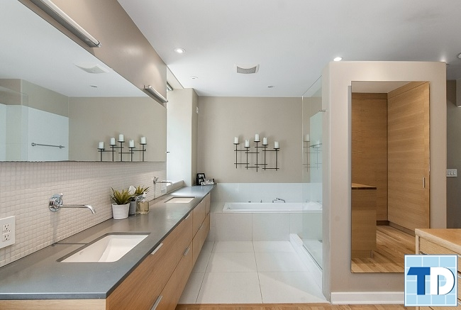 Phòng tắm với các thiết bị vệ sinh cao cấp
