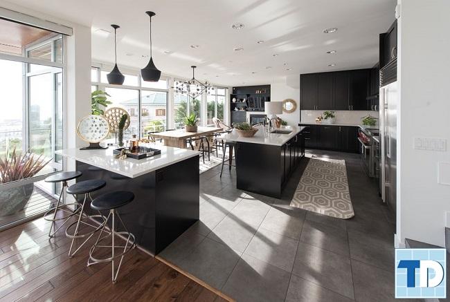 Phòng bếp và phòng ăn rộng lớn