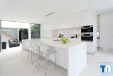 Mẫu thiết kế nội thất nhà bếp sang trọng nhỏ gọn hiện đại