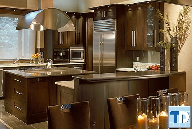 Phòng bếp gam màu trầm lịch lãm