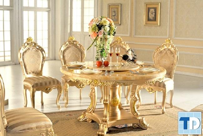 Bàn ghế ăn tân cổ điển với hoa văn tinh xảo