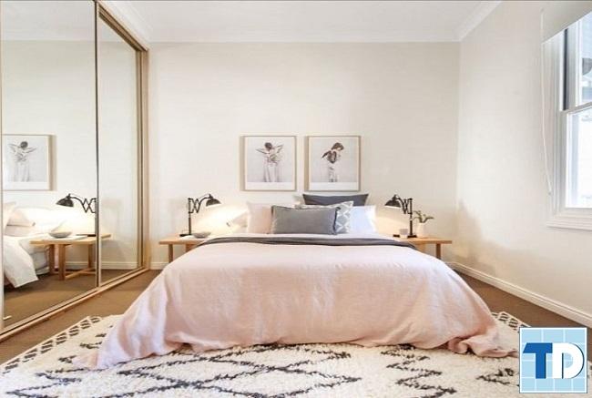 Phòng ngủ bố mẹ với diện tích nhỏ gọn