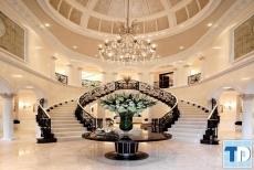 Mẫu thiết kế cầu thang tân cổ điển phong cách Châu Âu sang trọng