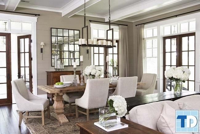 Phòng ăn đơn giản với sắc trắng trang nhã