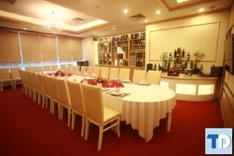 Mẫu nội thất nhà hàng cao cấp đông khách nhất hiện nay