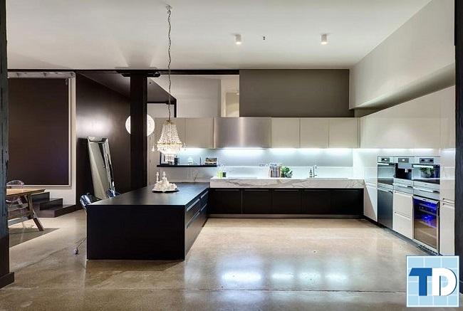 Phòng bếp nhỏ gọn đầy đủ tiện nghi