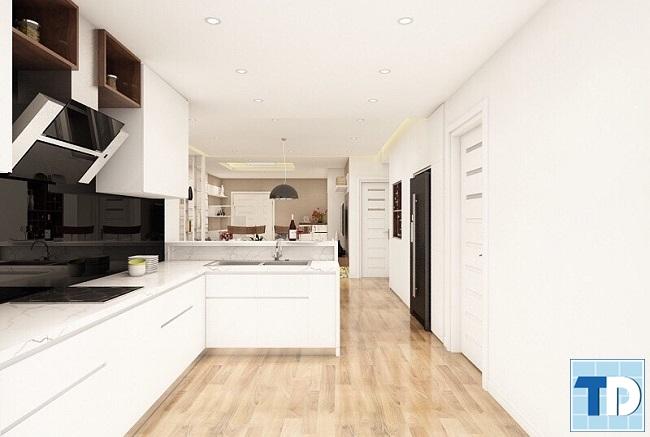 Lối đi từ phòng khách xuống căn bếp, căn hộ sử dụng sàn gỗ