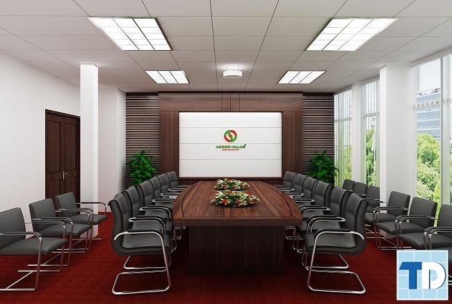 Phòng họp được thiết kế hợp lí và trang trọng