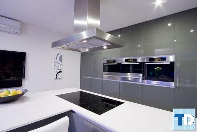 Phòng bếp hiện đại tiện nghi sang trọng