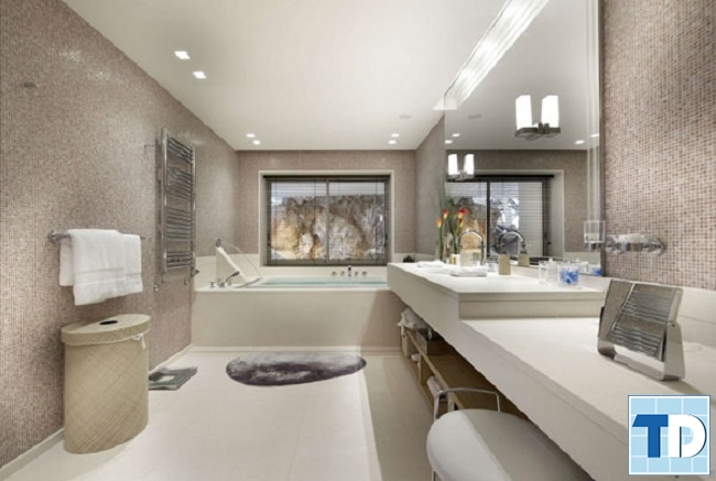 Phòng tắm cao cấp với các thiết bị vệ sinh hiện đại