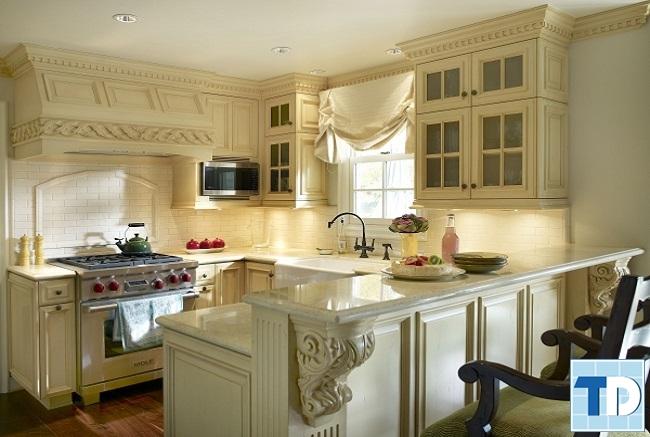 Căn bếp tân cổ điển đầy đủ tiện nghi