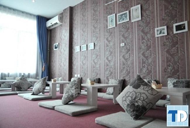 Trang trí quán cafe nhỏ với thiết kế bệt